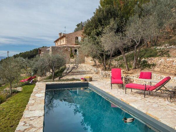 Oasi Nella Roccia, Villa for rent in San Silvestro, Umbria