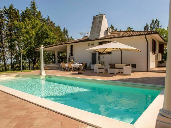 Cottage Del Grifone Rosso, Villa for rent in Fabbrucciano, Umbria