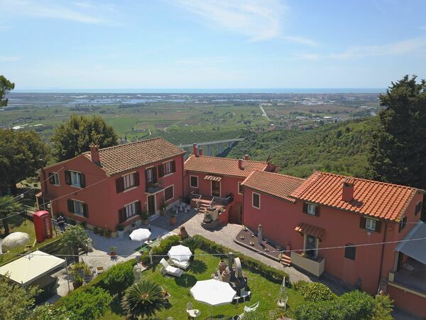 Casale La Pieve, Holiday Apartment for rent in Pieve a Elici, Tuscany