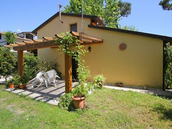 Appartamento Vacanze Casa Ettore in affitto a Massa