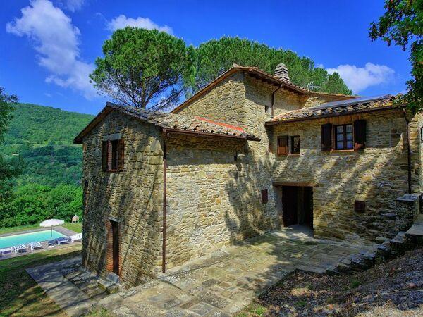 Baita Trionfo Della Natura, Villa for rent in Castiglion Fiorentino, Tuscany