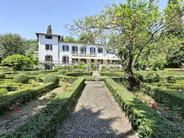 Villa Villa Labirinto Degli Alberti in affitto a Firenze