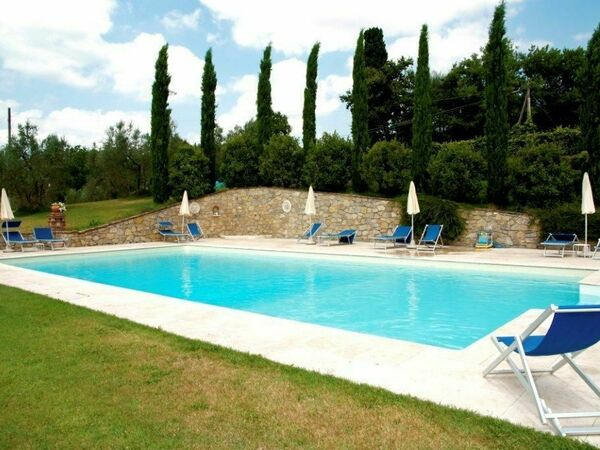 Residenza D'epoca, Holiday Apartment for rent in Lucignano, Tuscany