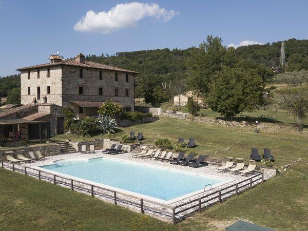Tenuta Fornace Di Vibio, Villa for rent in Monte Castello Di Vibio, Umbria