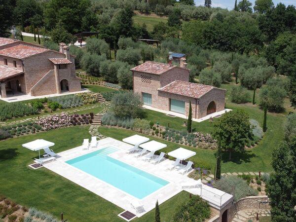Alla Quercia Dorata, Villa for rent in Pozzo Della Chiana, Tuscany