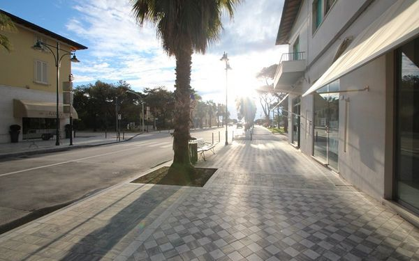 Appartamento Pontile, Holiday Apartment for rent in Forte Dei Marmi, Tuscany
