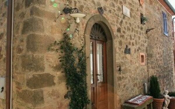 La Canonica, Holiday Home for rent in Sassofortino, Tuscany