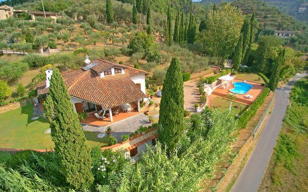 Villa Casa Versilia in  Capezzano Pianore -Toskana