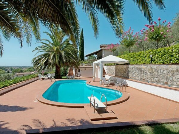 Casa Versilia, Villa for rent in Capezzano Pianore, Tuscany