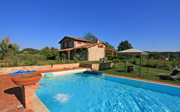 Casa Gragnano, Villa for rent in Capannori, Tuscany