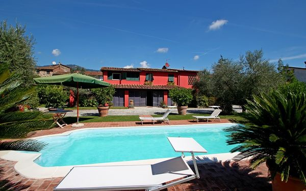Casa Rossa, Villa for rent in Capannori, Tuscany
