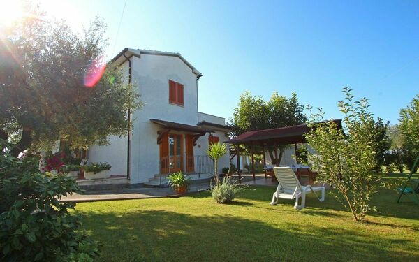 Casa Domenico, Holiday Home for rent in Montignoso, Tuscany