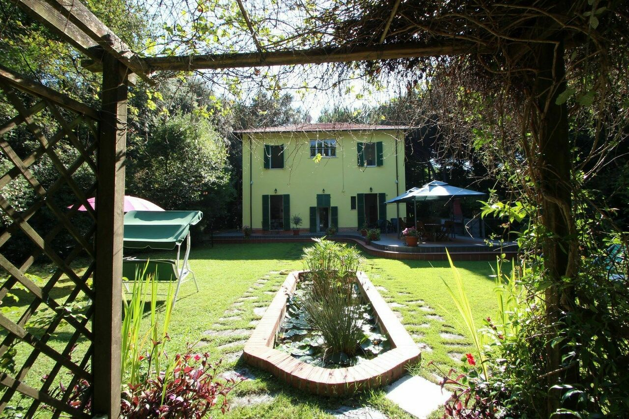 Holiday villa for Rent in Versilia