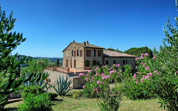 San Piero, Villa for rent in Gigliola, Tuscany