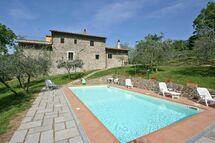 Villa Poggio Conca in affitto a Rinforzati
