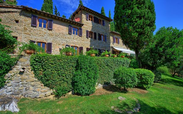 Villa Di Petriolo, Villa for rent in Lamole, Tuscany