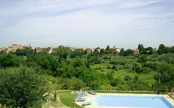 Il Nespolo, Apartment for rent in Lari, Tuscany
