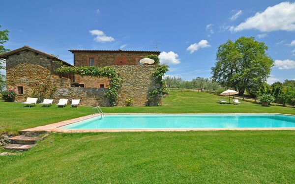 Podere Orietta, Apartment for rent in Castelnuovo Berardenga, Tuscany