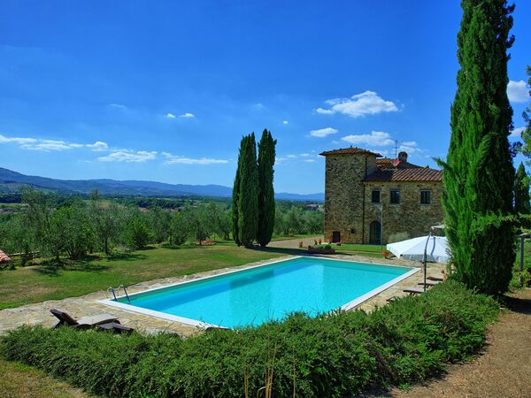 Villa Leopoldina, Villa for rent in Pogi, Tuscany