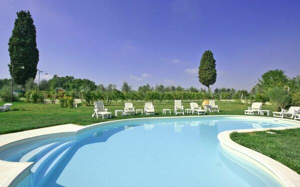 Artisti, Apartment for rent in Empoli, Tuscany