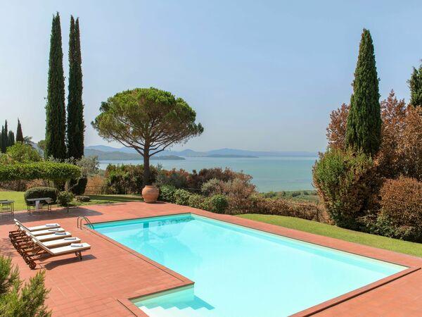 Villa Le Murate, Villa for rent in Passignano Sul Trasimeno, Umbria