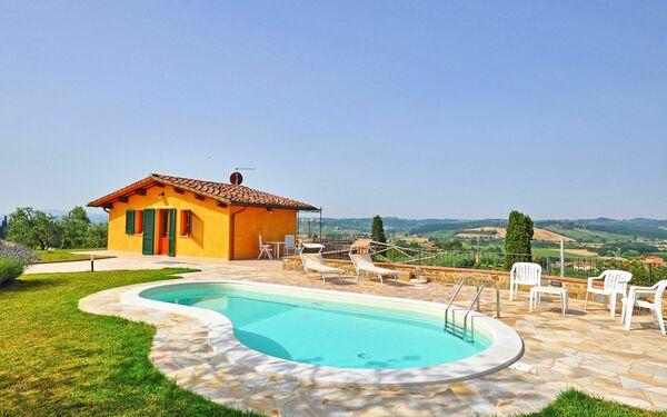 Villa Roberto, Villa for rent in Fontanella, Tuscany