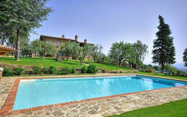 Toskánsko, Monte San Savino, Villa Caterina