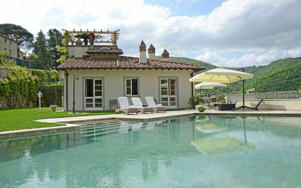 Villa Villa Idetta in  Caiano -Toskana