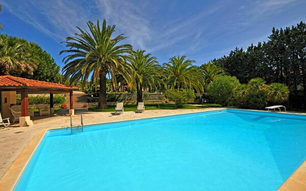 Villa Le Palme, Villa for rent in Marina Di Campo, Tuscany