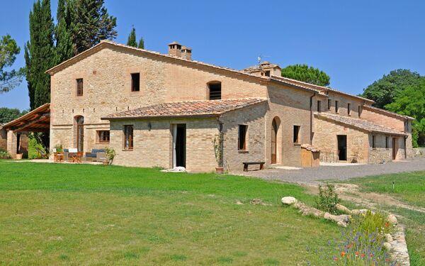 Villa Senese, Villa for rent in Buonconvento, Tuscany